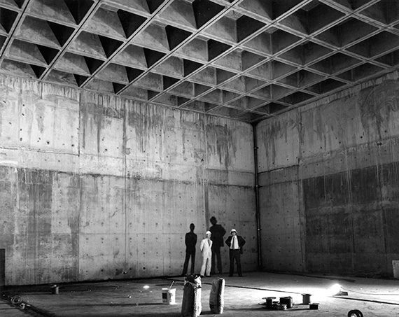 Robyn Gibson and Raoul Mellish at the Queensland Art Gallery construction site