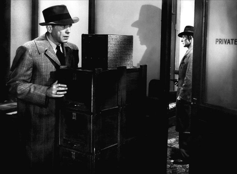 Production still from The Big Sleep 1946 / Director: Howard Hawks / Image courtesy: Roadshow Entertainment